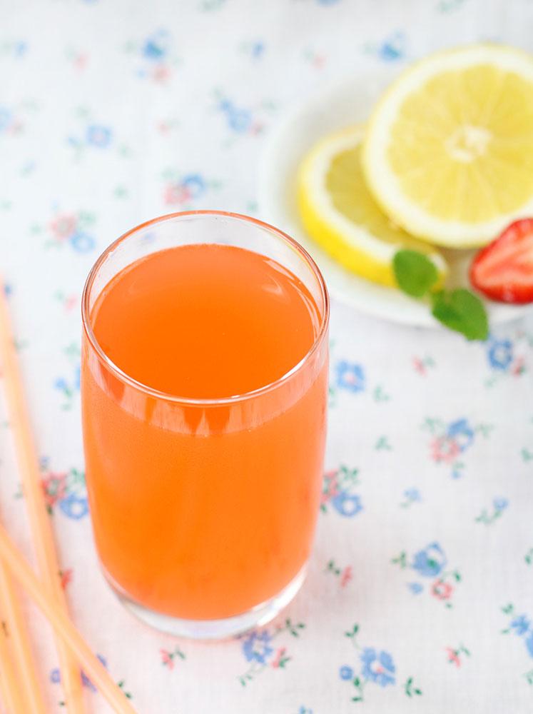 rabarberi-limonaad